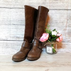 JustFab Boots Brown (Size 8)